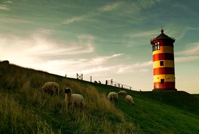 Pilsumer Leuchtturm in Ostfriesland-Abendstimmung