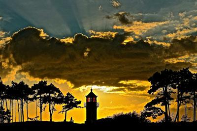 Leuchtturm in der Abendstimmung