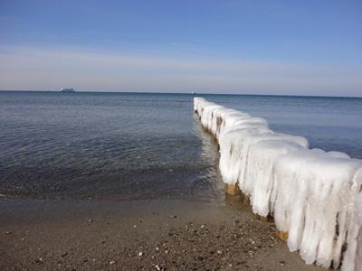 Strand bei Rostock im Winter