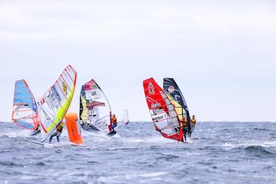 Der große Kampf der Windsurfstars